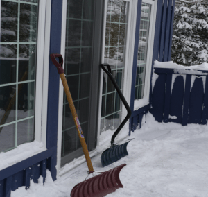 types of snow shovels